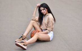 Картинка девушка, мяч, брюнетка, площадка, баскетбольный, Maksim Romanov, Кира Петрова