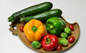 Картинка фон, еда, тарелка, перец, овощи, помидоры, капуста, болгарский перец, цукини
