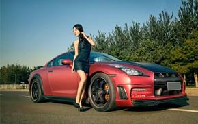 Картинка авто, взгляд, Девушки, Nissan, азиатка, красивая девушка, позирует над машиной