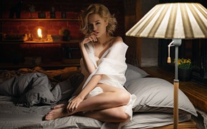 Обои взгляд, девушка, поза, ножки, Сергей Жирнов, Кристина Сафонова