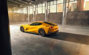 Картинка машина, свет, жёлтый, ангар, Ferrari, диски, вид сбоку, стильный, спортивный, Superfast, 812, by Novitec