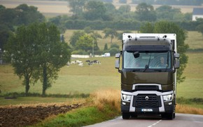 Картинка деревья, поля, грузовик, Renault, обочина, седельный тягач, 4x2, полуприцеп, Renault Trucks, T-series