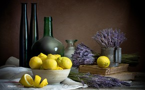 Картинка бутылки, натюрморт, лимоны, лаванда