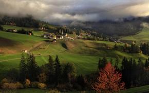 Картинка осень, облака, деревья, пейзаж, горы, природа, дома, деревня, Италия, леса, луга, Доломиты, Санта Маддалена, Алексей …