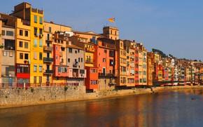 Картинка небо, река, окна, дома, colorful, Испания, Каталония, Girona, Жирона