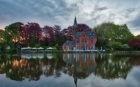 Картинка пейзаж, природа, город, пруд, отражение, здание, ресторан, Бельгия, сумерки, Брюгге