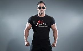 Картинка поза, фигура, очки, muscle, мышцы, muscles, атлет, Bodybuilding, бодибилдер, bodybuilder