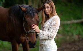 Картинка взгляд, девушка, поза, лошадь, красивая, Elena, боке, маникюр, Marco Squassina