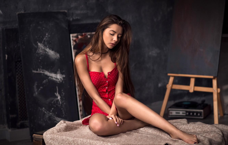Секси красотки в красном