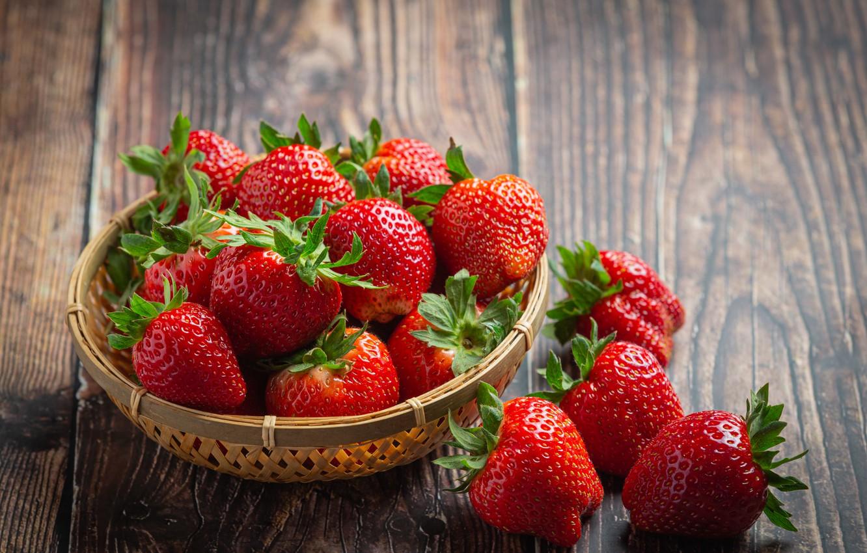 Фото обои ягоды, доски, клубника