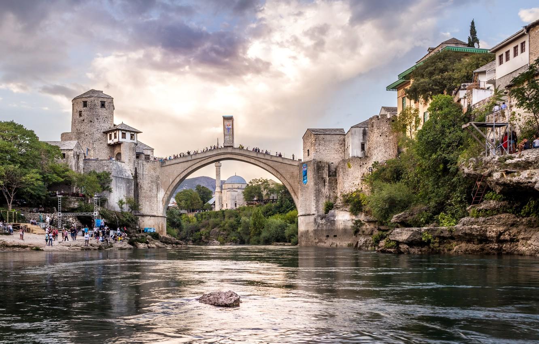Фото обои мост, город, река, здания, дома, Босния и Герцеговина, Мостар, Неретва
