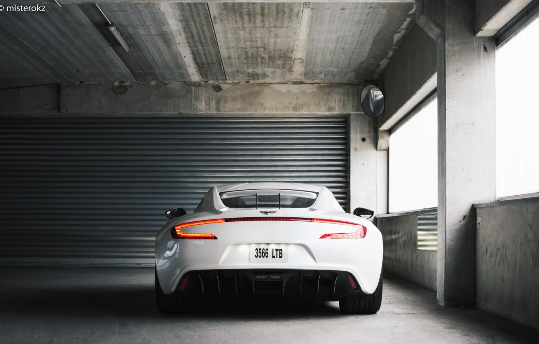 Фото обои White, Supercar, Aston Martin One 77