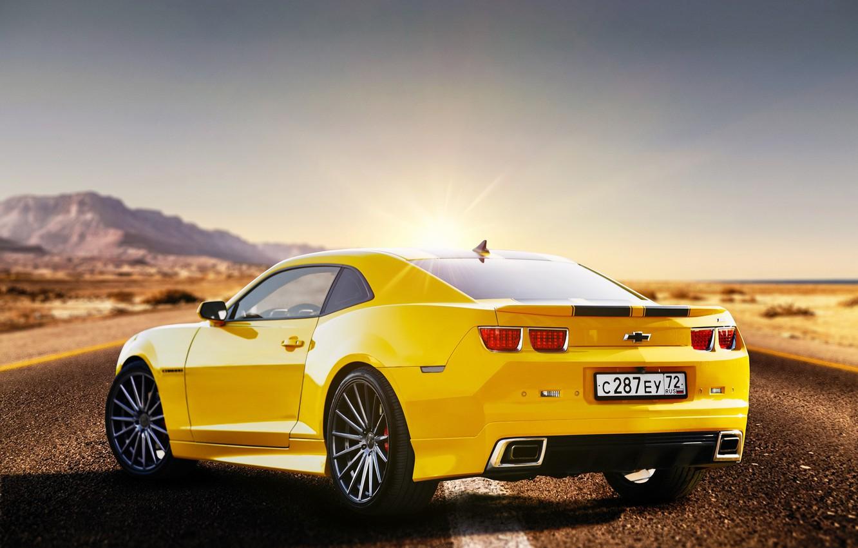 Фото обои дорога, жёлтый, Chevrolet Camaro, Сергей Якубицкий