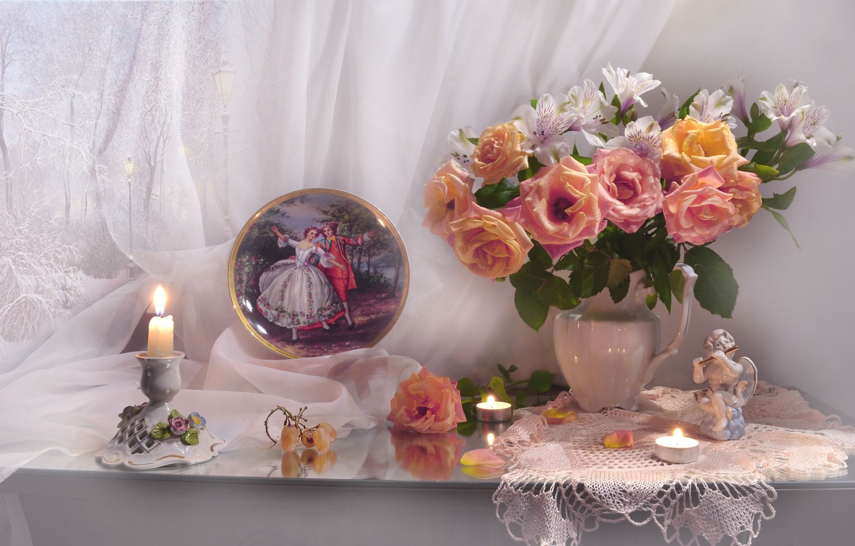 Фото обои цветы, розы, картина, свечи, лепестки, виноград, статуэтка, кувшин, занавеска, салфетка, фигурка, блюдо, Валентина Колова