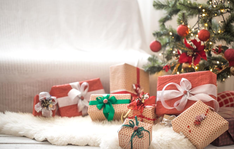 Фото обои украшения, шары, елка, Рождество, подарки, Новый год, new year, Christmas, balls, decoration, gift box, fir …