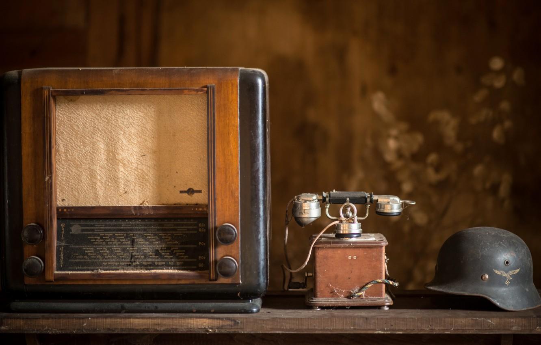 Фото обои радио, шлем, телефон