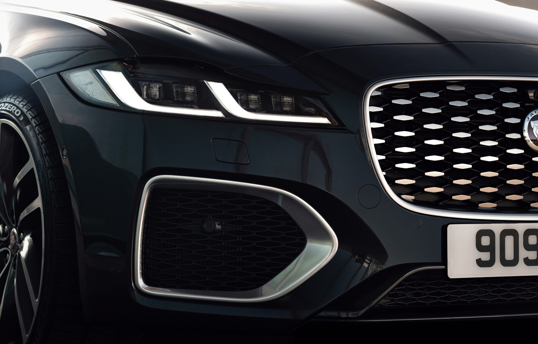 Фото обои Jaguar, фара, перед, решётка, бампер, универсал, Jaguar XF, 2020, XF, XF Sportbrake