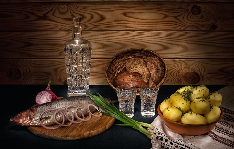 Обои лук, водка, селёдка, картошка картинки на рабочий стол, раздел еда -  скачать