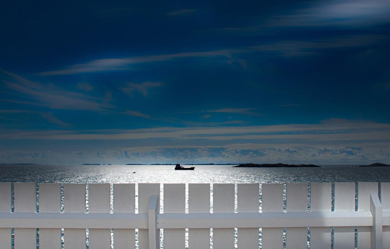 Фото обои море, небо, забор, корабль, Норвегия, Северное море