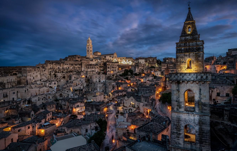 Фото обои здания, башня, дома, Италия, ночной город, Italy, Matera, Базиликата, Матера, Basilicate