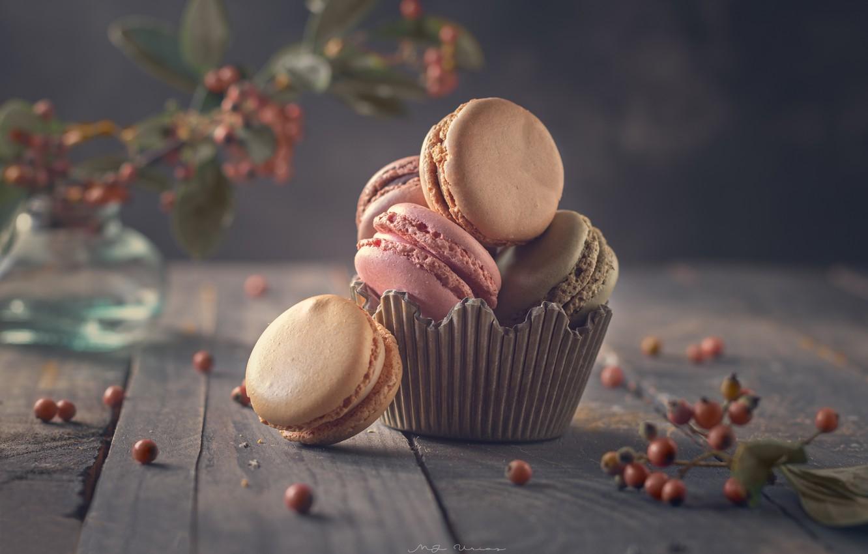 Фото обои ягоды, доски, печенье, макарон
