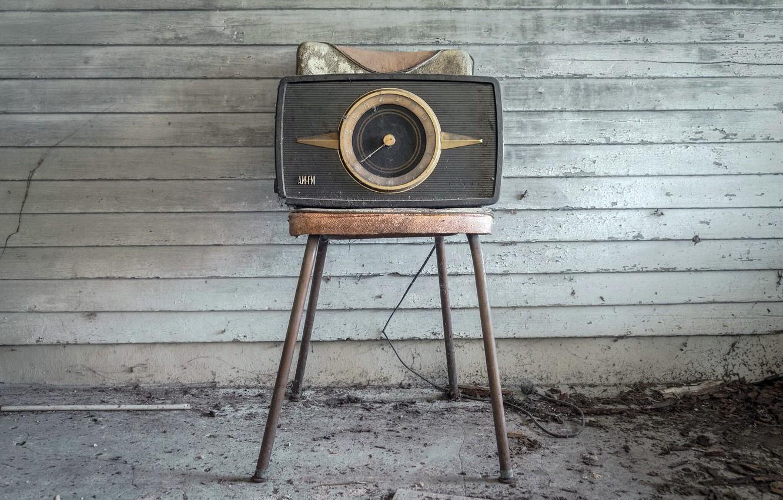 Фото обои радио, стул, приёмник