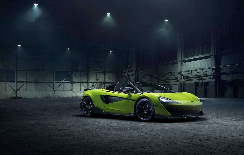Фото обои машина, стиль, фары, ангар, родстер, диски, McLaren 600LT Spider