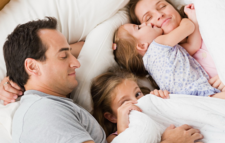 Андрей рожков и его семья фото эти смелые