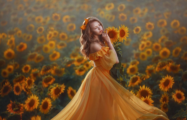 Фото обои поле, девушка, подсолнухи, поза, настроение, платье, закрытые глаза, Лера Васильчева