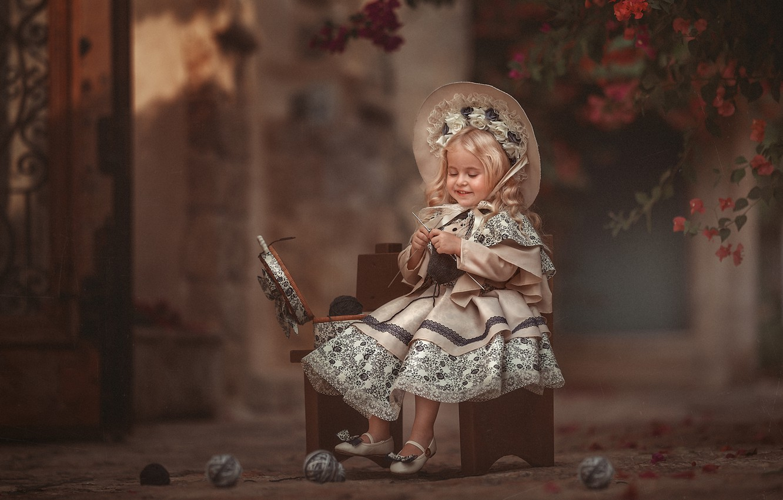 Фото обои настроение, платье, девочка, шляпка, нитки, клубки, вязание, барышня, Evgeny Loza, Евгений Макаренко