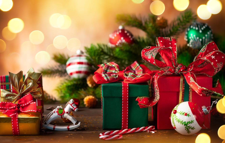 Фото обои ветки, праздник, игрушки, подарки, Новый год, ёлки, декор, композиция