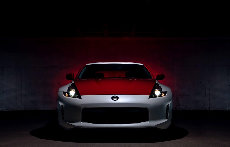 Фото обои свет, купе, Nissan, вид спереди, красно-белый, 370Z, 50th Anniversary Edition, 2020, 2019
