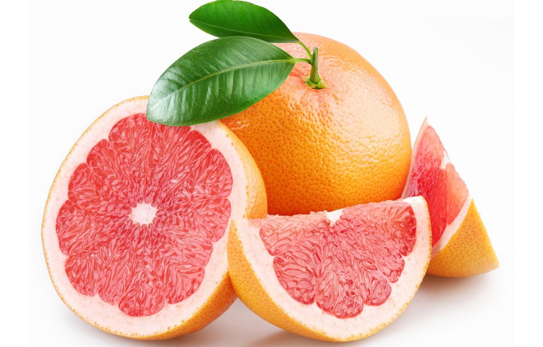 Фото обои белый фон, грейпфрут, дольки