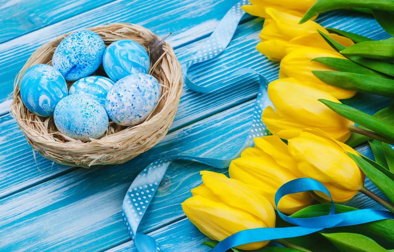 Фото обои цветы, яйца, букет, желтые, colorful, Пасха, тюльпаны, happy, yellow, wood, flowers, tulips, Easter, eggs, decoration