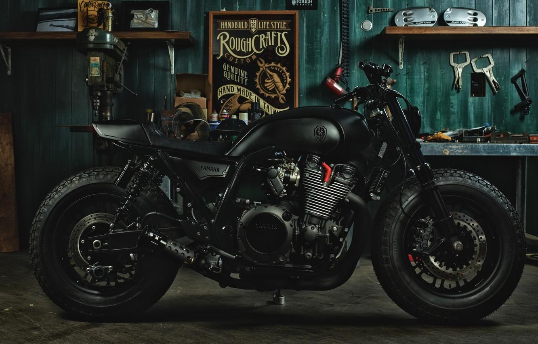 Фото обои гараж, мотоцикл, sport, yamaha, bike, garage