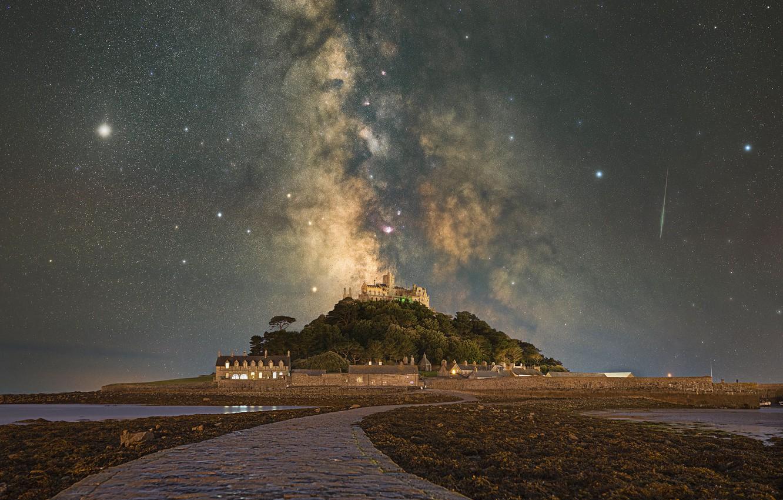 Фото обои звезды, остров, Юпитер, Млечный Путь, метеоры, stars, island, Milky Way, Корнуолл, Cornwall, Jupiter, St Michael's …