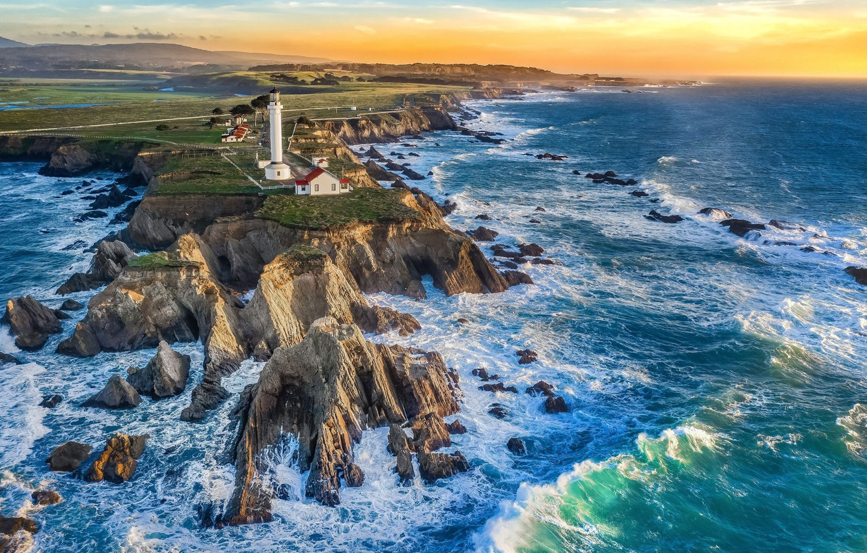 Фото обои море, волны, камни, океан, скалы, маяк, мыс