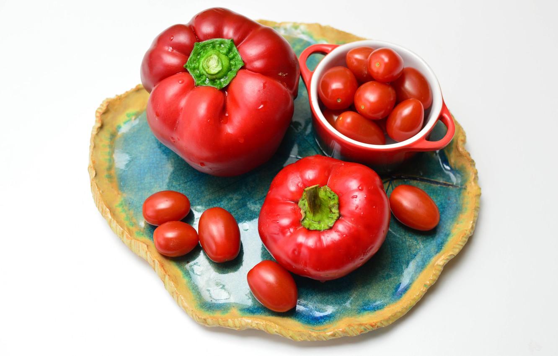 Фото обои тарелка, перец, помидорки