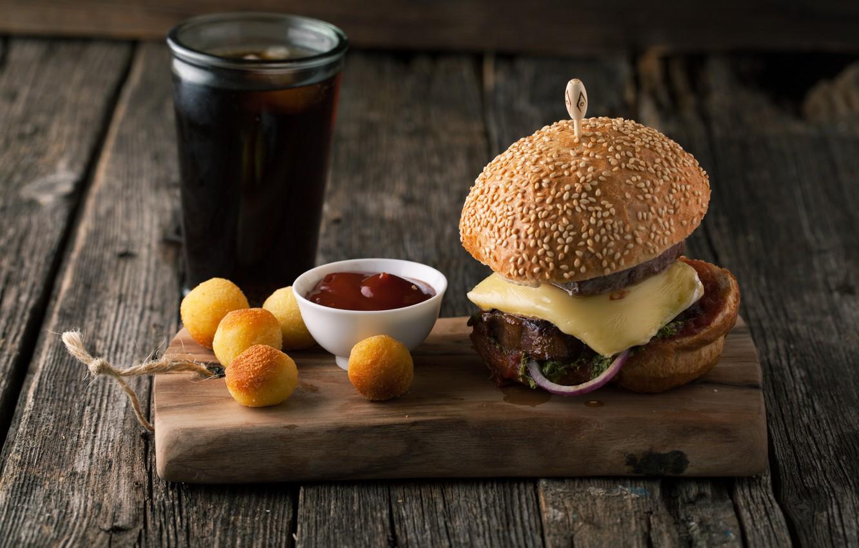 Фото обои доска, гамбургер, кетчуп, выпечка