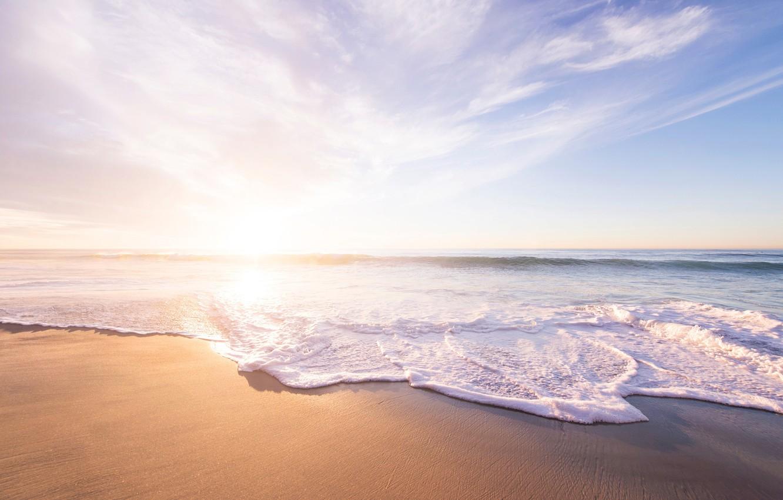 Фото обои песок, море, волны, пляж, лето, небо, вода, солнце, радость, тепло, океан, отдых, берег, побережье, отпуск, …