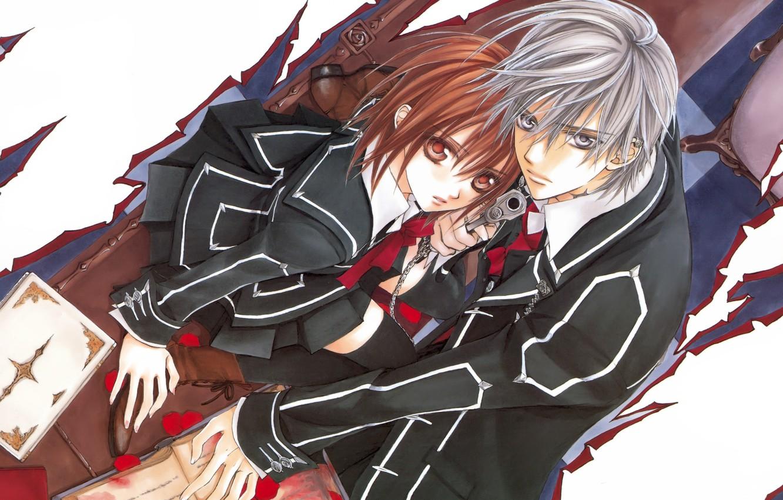 Фото обои книга, школьная форма, лепестки роз, art, yuuki cross, рыцарь-вампир, взгляд вверх, matsuri hino, zero kiryu, …