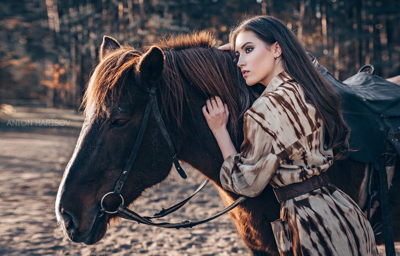 Фото обои девушка, поза, конь, лошадь, Мария, Антон Харисов