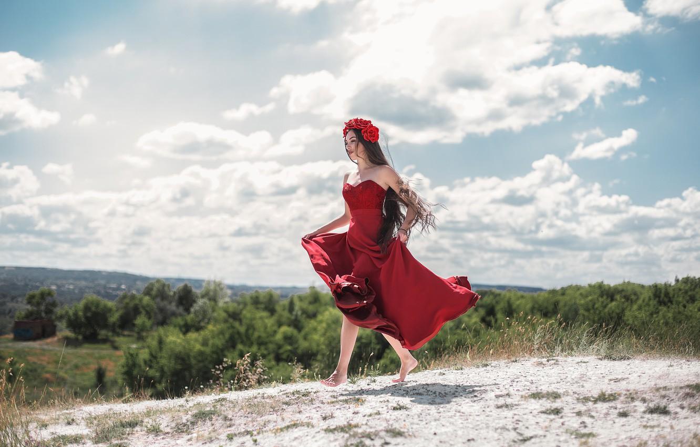 Фото обои девушка, ветер, волосы, платье, Maxim Tumanov