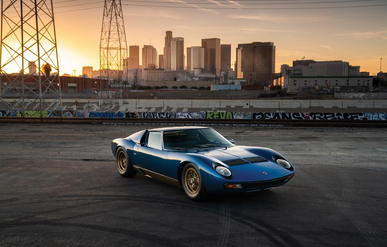 Фото обои City, Blue, Gold, Lamborghini Miura, P400 SV