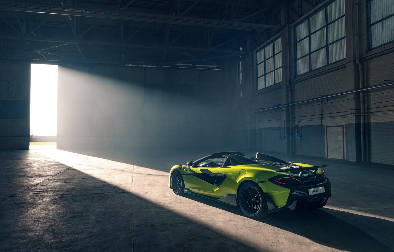 Фото обои машина, стиль, ангар, фонари, McLaren 600LT Spider