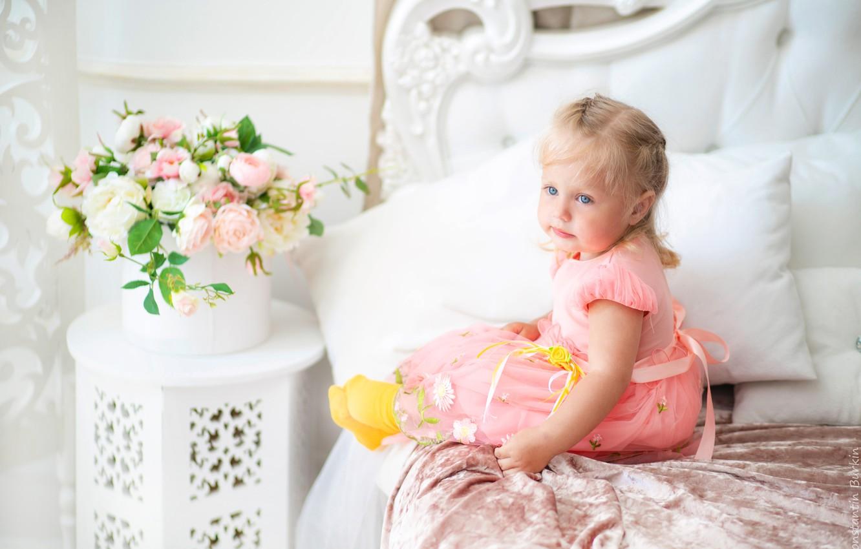 Фото обои цветы, Девочка, фотограф Константин Буркин