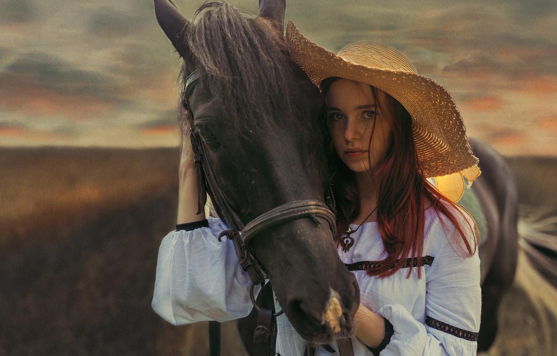 Фото обои взгляд, девушка, конь, лошадь, шляпа, Иван Лосев, лошадиная морда