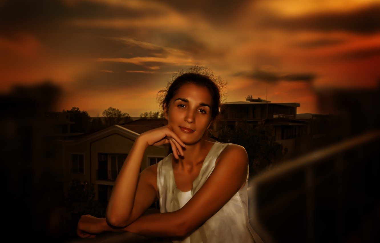 Фото обои girl, sky, beautiful, brunette, look, Nargis, Kide FotoArt