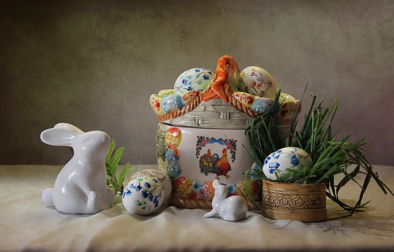 Фото обои трава, праздник, яйца, пасха, кролики, фигурки, композиция, Ковалёва Светлана