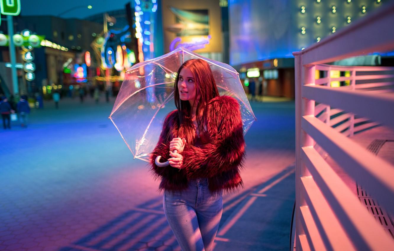 Фото обои девушка, вечер, зонт, pornstar, little Caprice, каприз